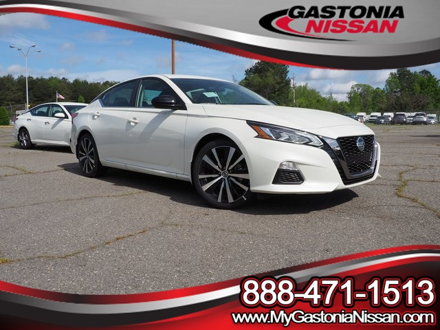 New 2019 Nissan Altima 2 5 SR FWD 4D Sedan